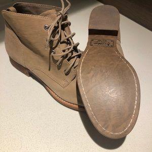 Sam Edelman tan boots